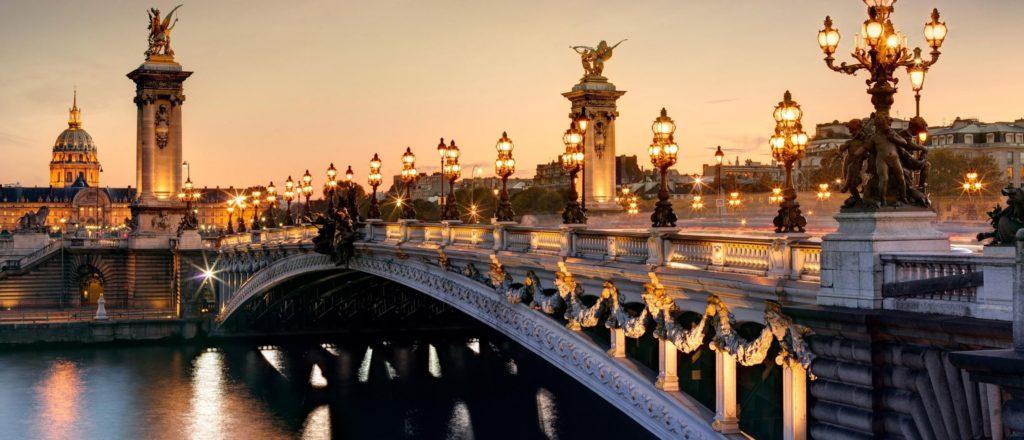 paris-francia-atardecer-iluminacion